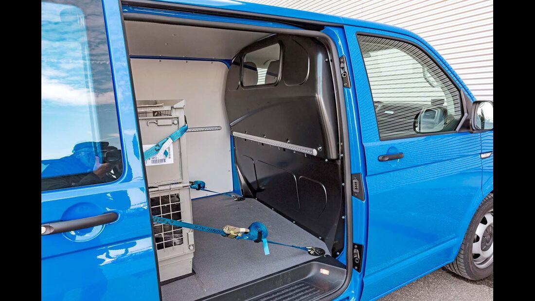 Laderaum beim VW T6 mit 5,8 Kubikmeter Volumen