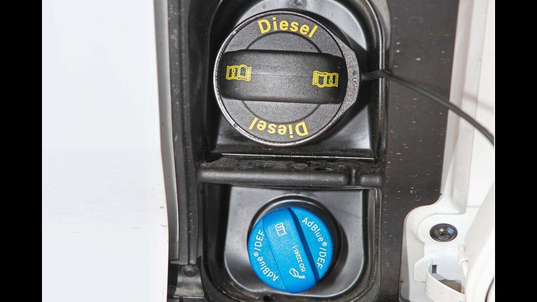 18 Liter fasst auch hier der Ad-Blue-Tank – einfüllbar beim Dieselstutzen.