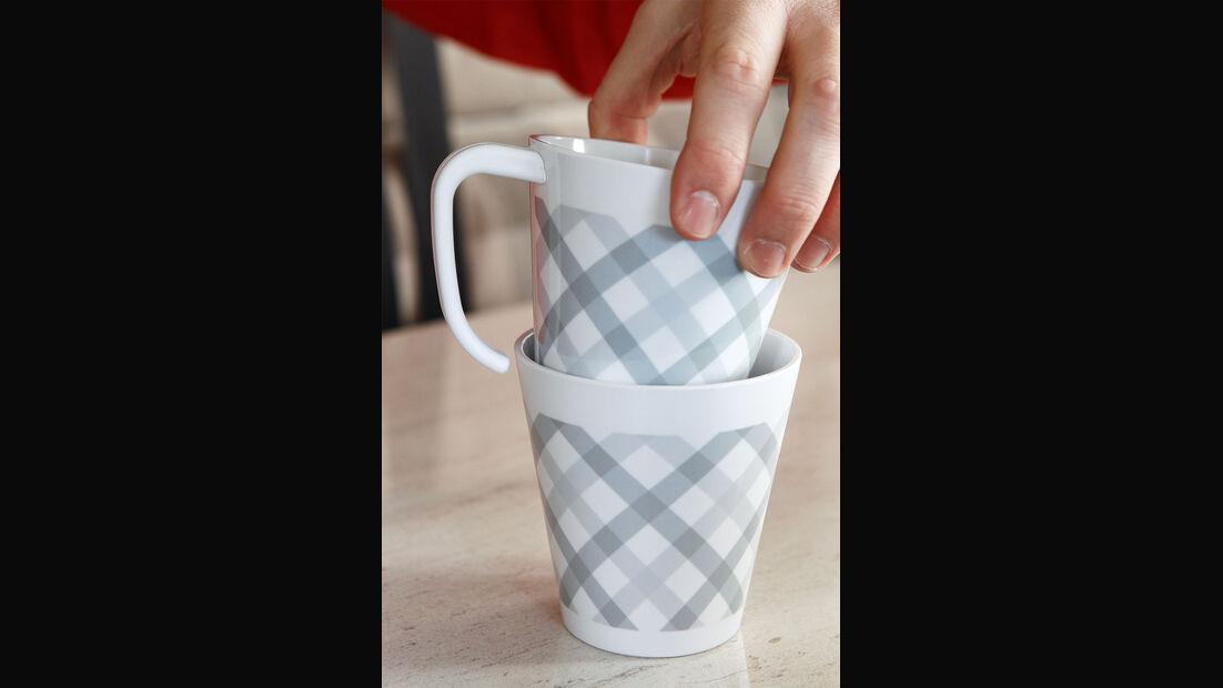 2 Tassen Geschirrtest