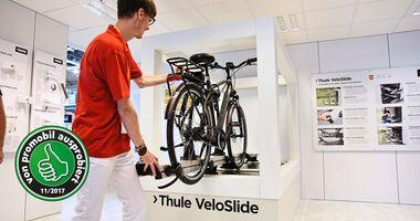 Ab nächstem Jahr bietet Thule einen Fahrradträger für die Heckgarage an.