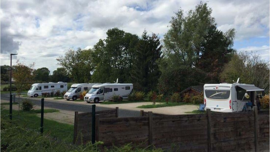 Aire de Camping-Cars Saint-Leger-sur-Dheune