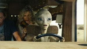 Alien Paul flieht im Wohnmobil vor dem FBI.