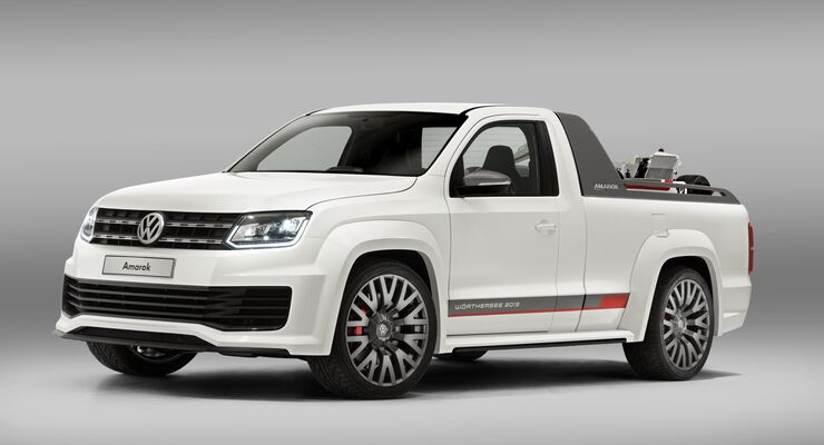 """Als Weltpremiere präsentierte Volkswagen Nutzfahrzeuge am Wörthersee 2013 einen """"Über-Amarok"""": einen V6 TDI."""