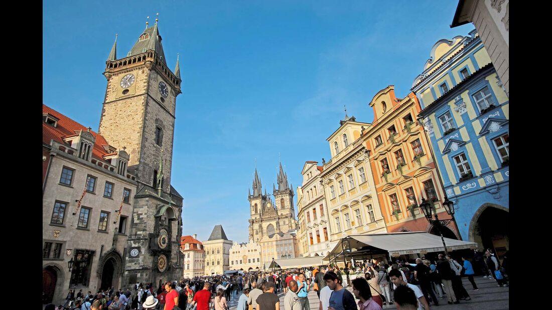 Altstädter Ring und Rathaus in Prag