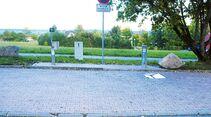 Am Platz: Auch die Fläche an der Modusan-Anlage ist sehr schräg.
