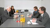 Andreas Lobejaeger und Jacqueline Casini, Leiterin Unternehmenskommunikation, mit den promobil-Redakteuren Dominic Vierneisel und Ulrich Kohstall (v. l. n. r.).
