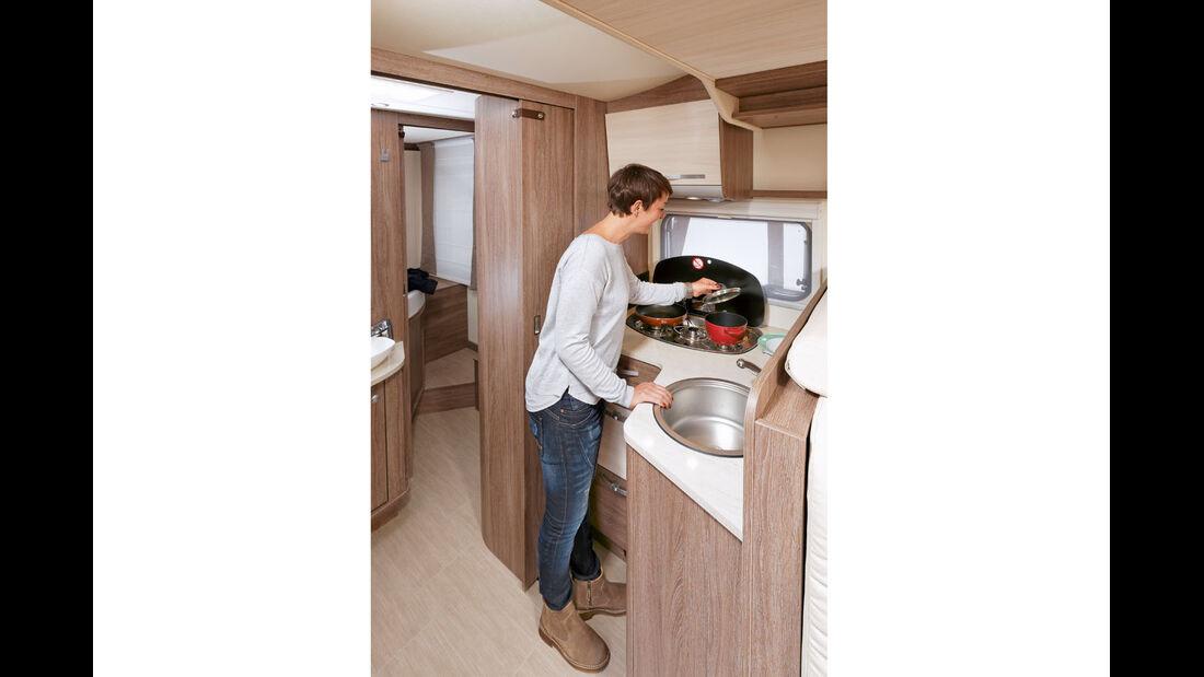 Arbeitsfläche in der Küche beim Bürstner Ixeo Time it 752