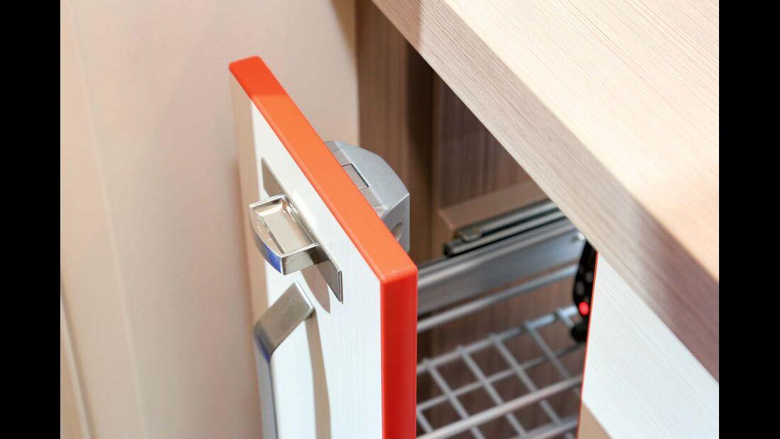 Auch für die Schubladen- oder Auszugsverriegelung werden Pushlocks eingesetzt