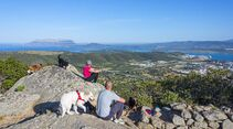 Ausblick von einem Berg in Sardinien