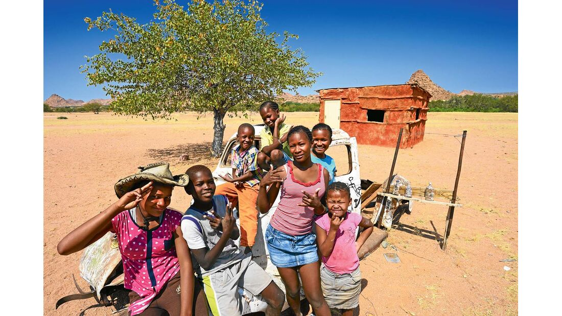 Autowrack im Damaraland in Namibia
