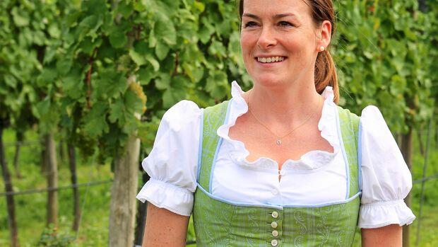 Barbara Holzapfel