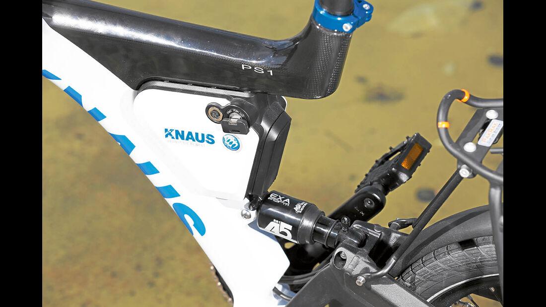 Batterie unauffällig am Rahmen angebracht, bietet aber keine große Reichweite beim Knaus PS1