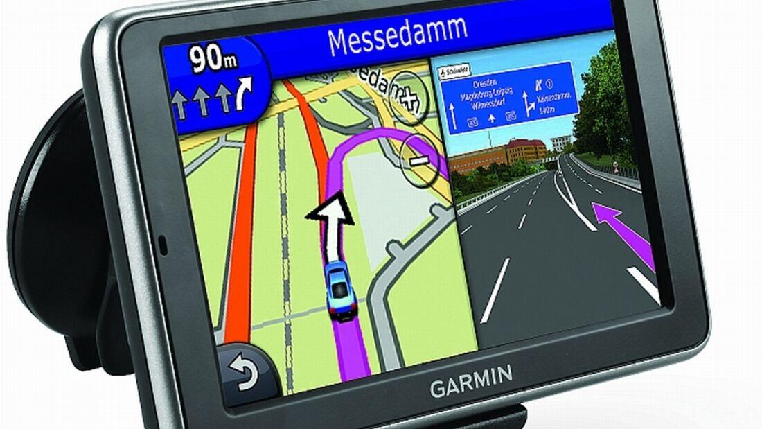 Beim Garmin Navigationsgerät kann der Nutzer über die Häufigkeit und die Kosten eines Karten- Updates entscheiden