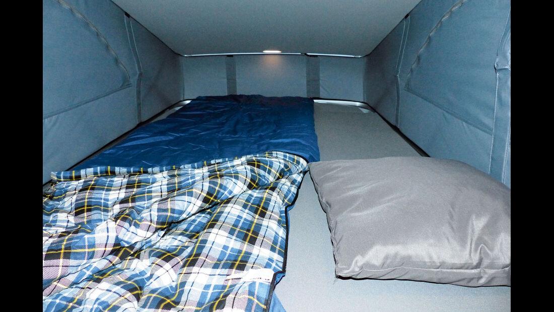 Bett im Dachgeschoss 1,20 Meter breit