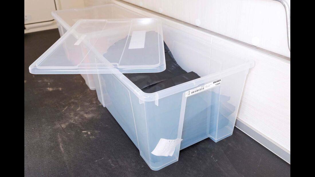Box Samla - Die stapelbaren Plastikboxen zeigen auf einen Blick, was sie beherbergen.