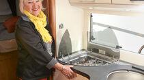 Brigitte in der Küche