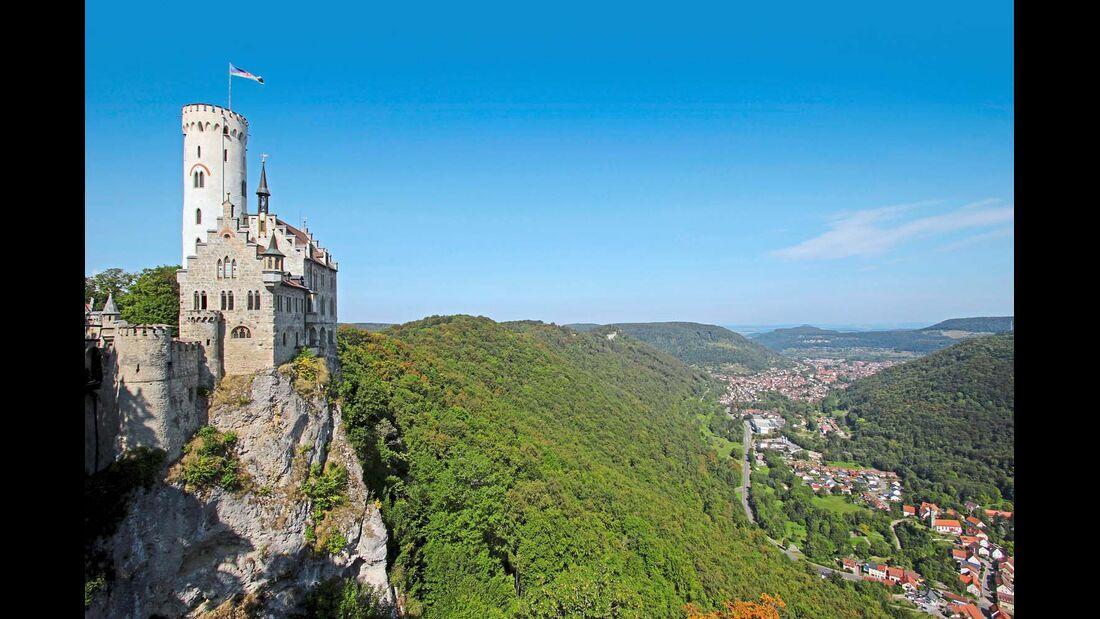 Burg Lichtenstein über dem Tal der Echaz