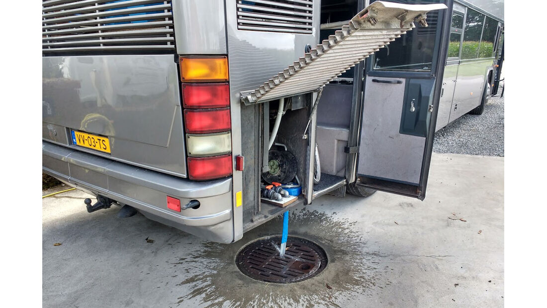 Bus zum Wohnmobil