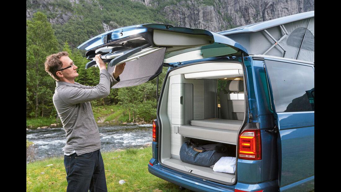 Campingstühle gehören zur Ausstattung