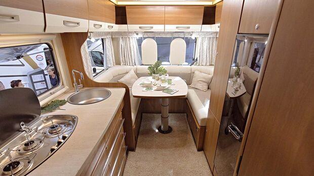Caravan Salon Alkoven Eura Mobil Activa One