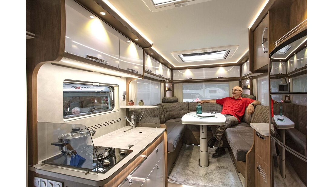 Caravan-Salon Integrierte Frankia M-Line