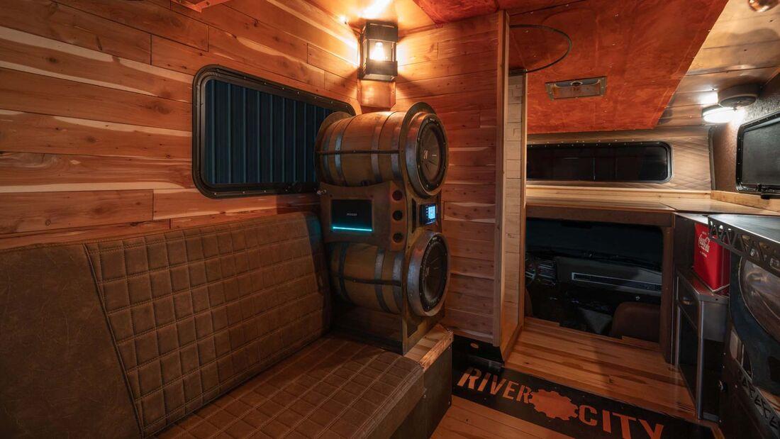 Chevrolet Pickup-Camper Brown Sugar