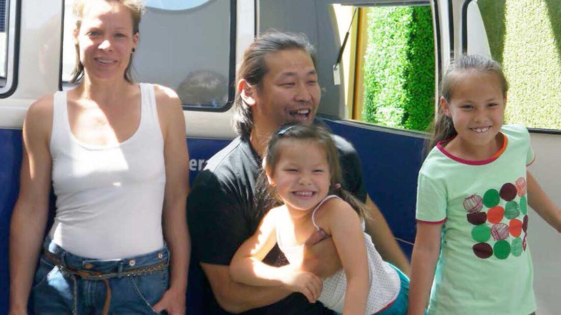 Chingunjav Borkhuu und seine Familie reisen in die Mongolei
