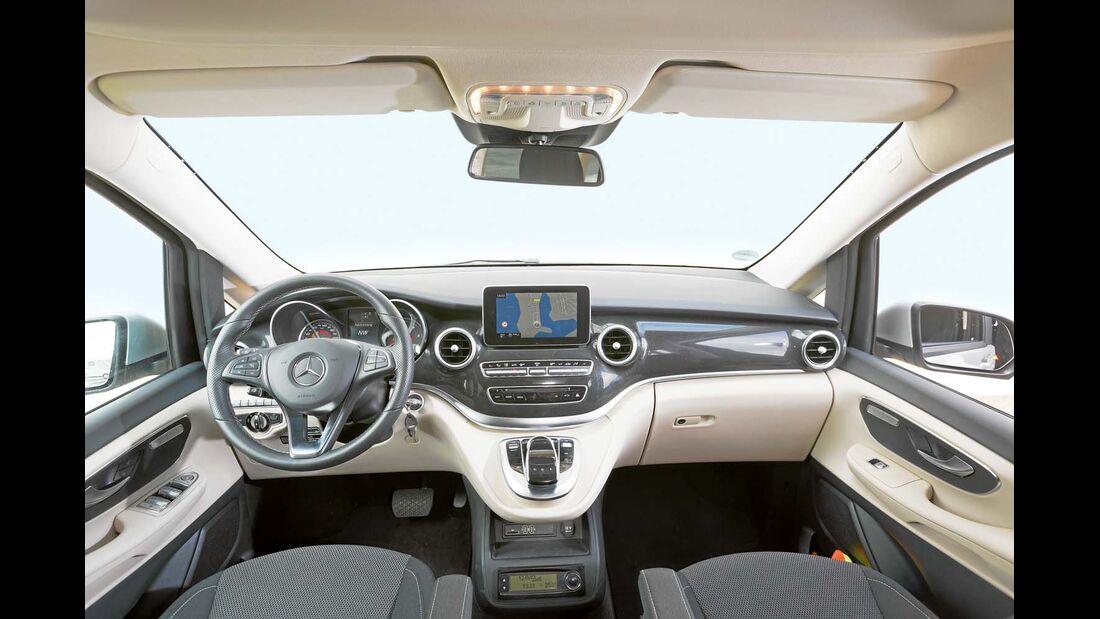Cockpit beim Mercedes Marco Polo