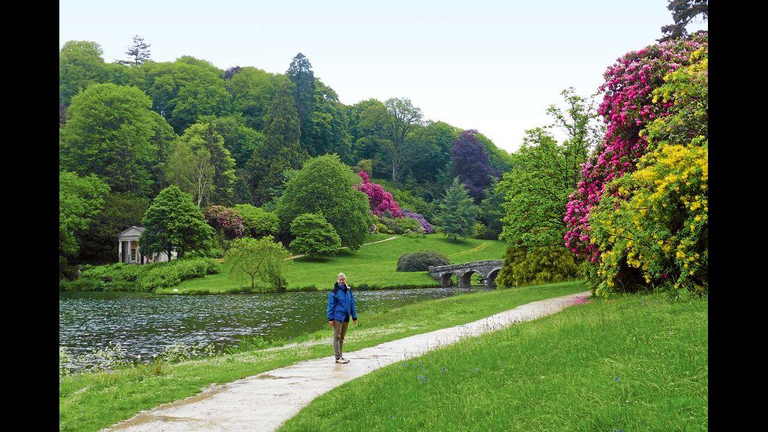 Das Anwesen aus dem 18. Jh. ist so etwas wie der Prototyp des klassizistischen englischen Landschaftsgartens.
