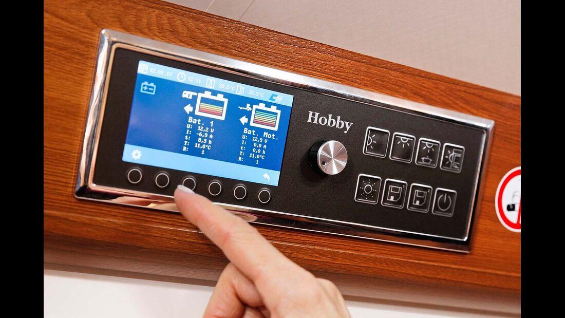 Das CI-BUS-Display-Kontrollbord lässt vielfältige Anzeige- und Steuermöglichkeiten zu.