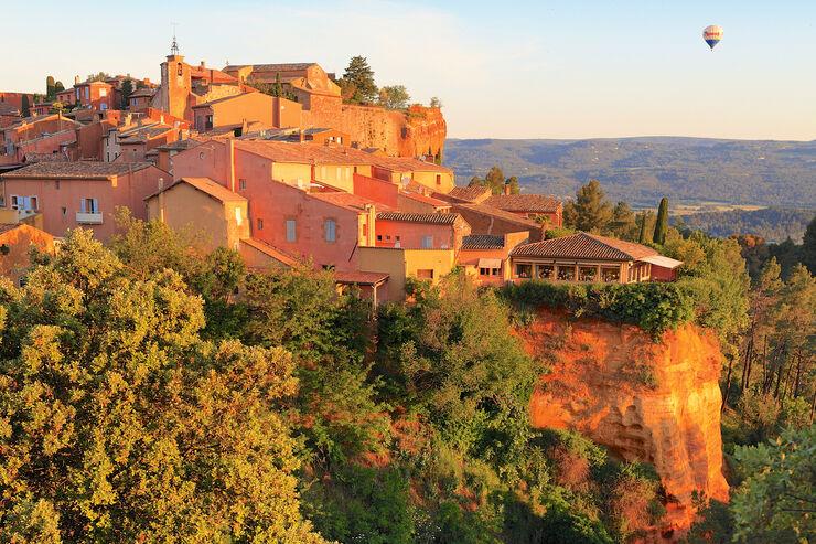 Das Dorf Roussillon in der Provence