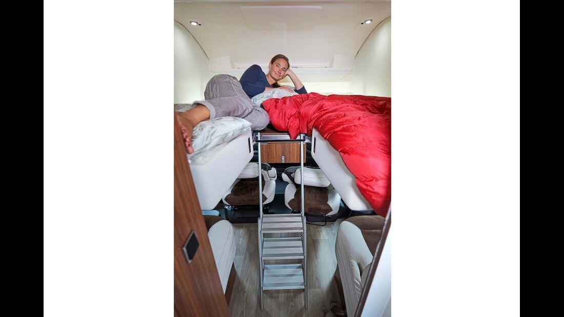 Das Hubbett kann sowohl längs als auch quer genutzt werden.