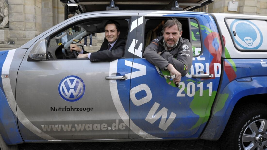 Das Team Joachim Franz erreicht nach 20.000 Kilometern im VW Amarok die Expeditions-Etappe Hannover