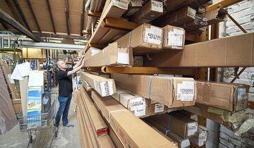 Das Teilelager scheint gut gefüllt. Schwerpunkt sind bei vielen Händlern aber nur Verschleißartikel und Nachrüstprodukte wie etwa Markisen.