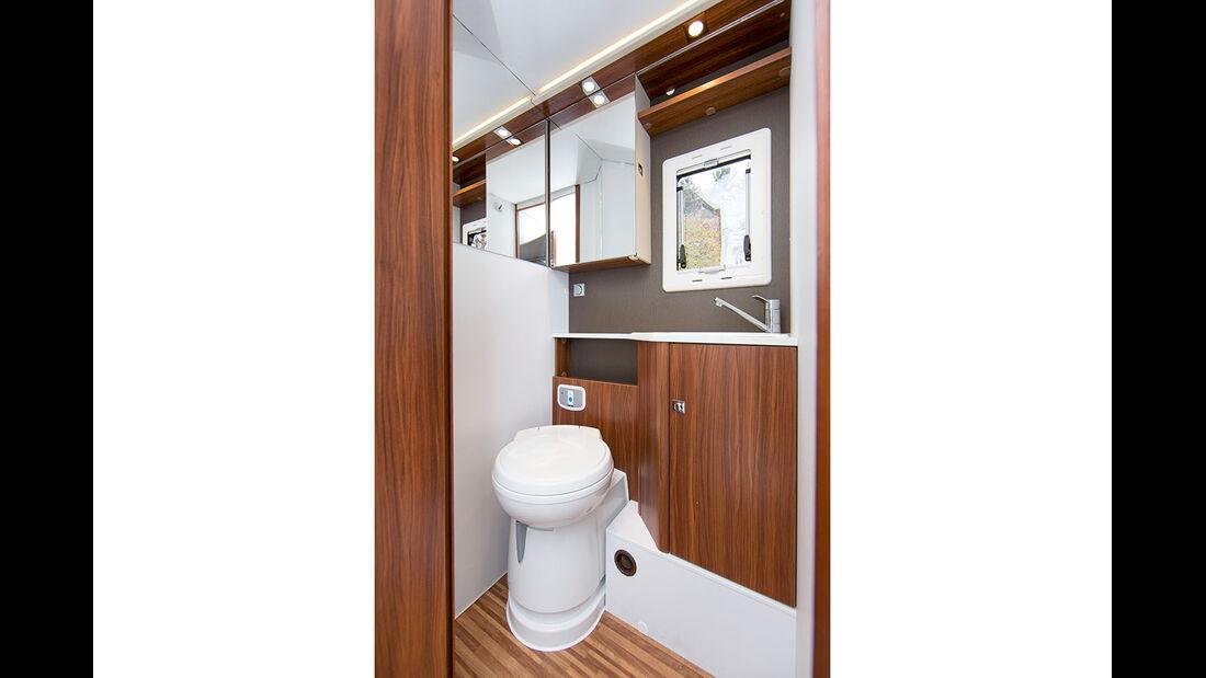 Das WC bietet auch geschlossen ausreichend Bewegungsfreiheit.