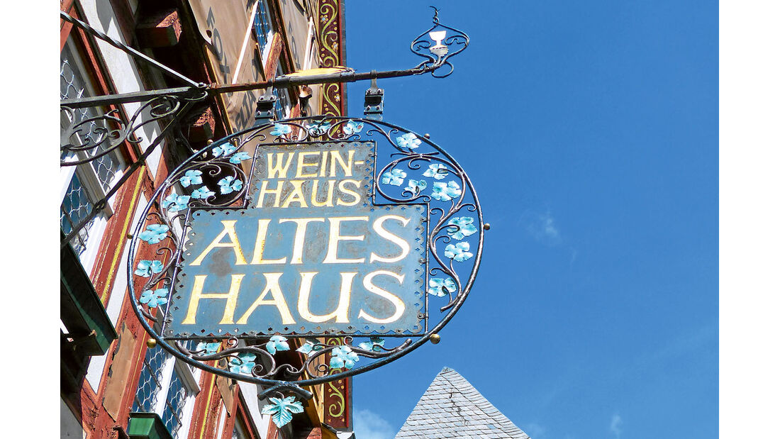 "Das Weinhaus ""Altes Haus"" in Bacharach."