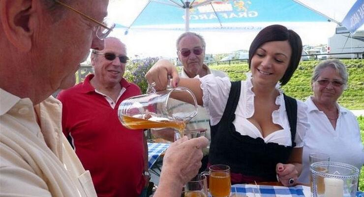 Das Wellness- und Ferienresort Vital Camping Bayerbach im Rottaler Bäderdreieck holt im Herbst die Mostpressen hervorgeholt. Dies feiert das Resort zusammen mit seinen Gästen vom 07. bis 14.09.2014.