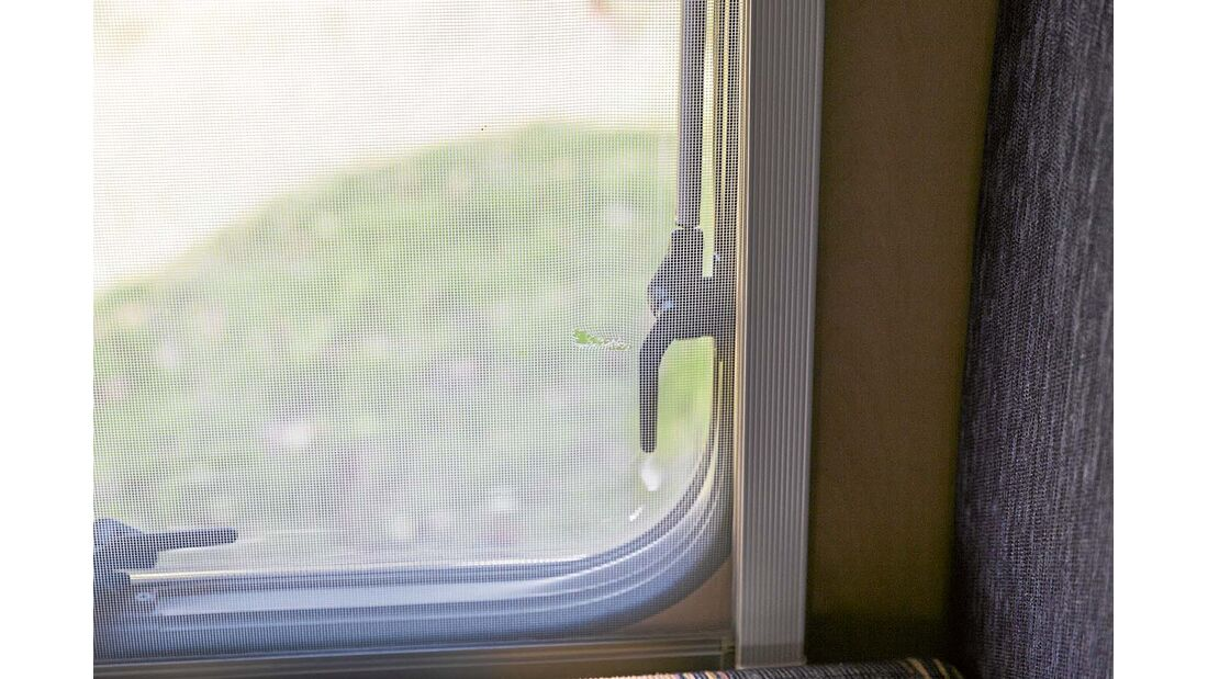 Defekte Kombirollos im Reisemobil