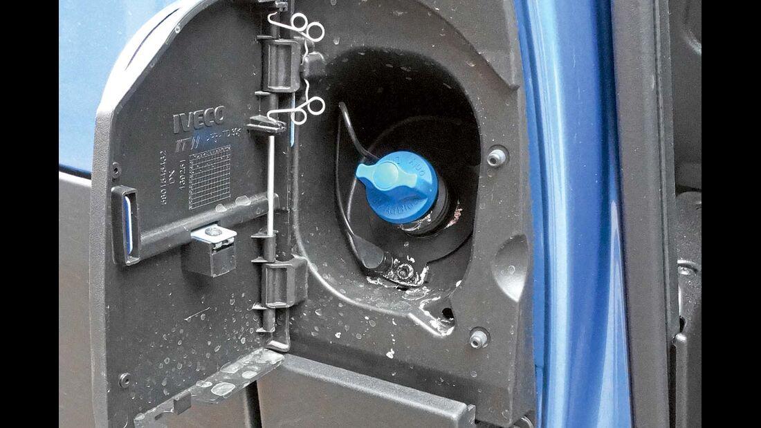 Der 3,0-Liter-Daily hat einen zusätzlichen Adblue-Tank.