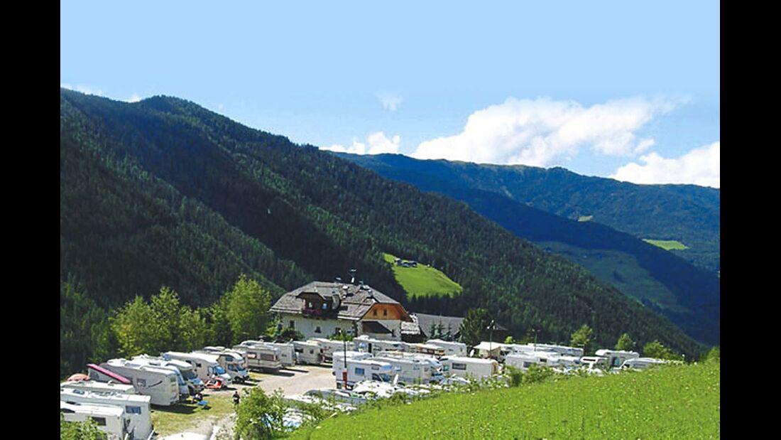 Der Caravanpark Ritterkeller punktet mit schöner Lage und Aussicht.