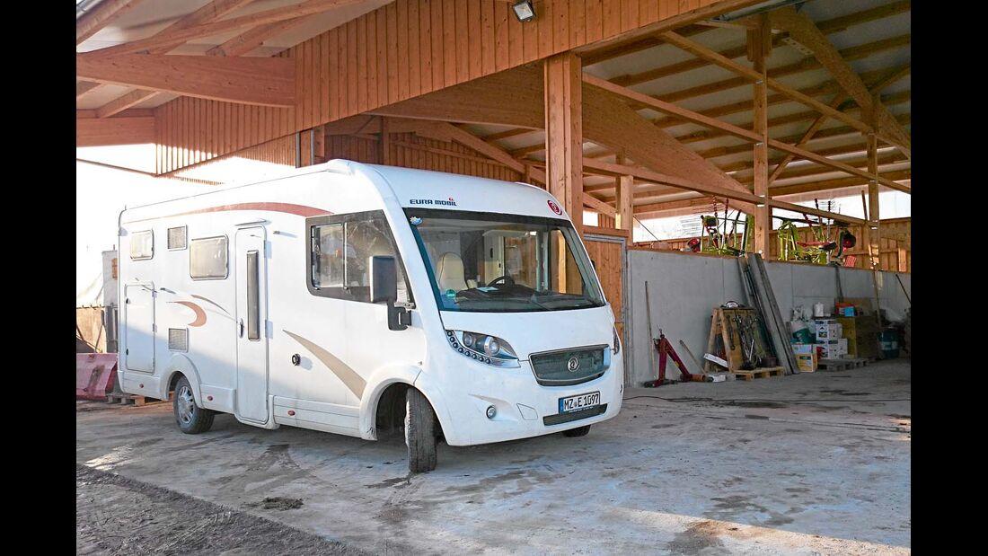Der Euro Mobil Integra Line 690 HB in Neuweiler im Schwarzwald