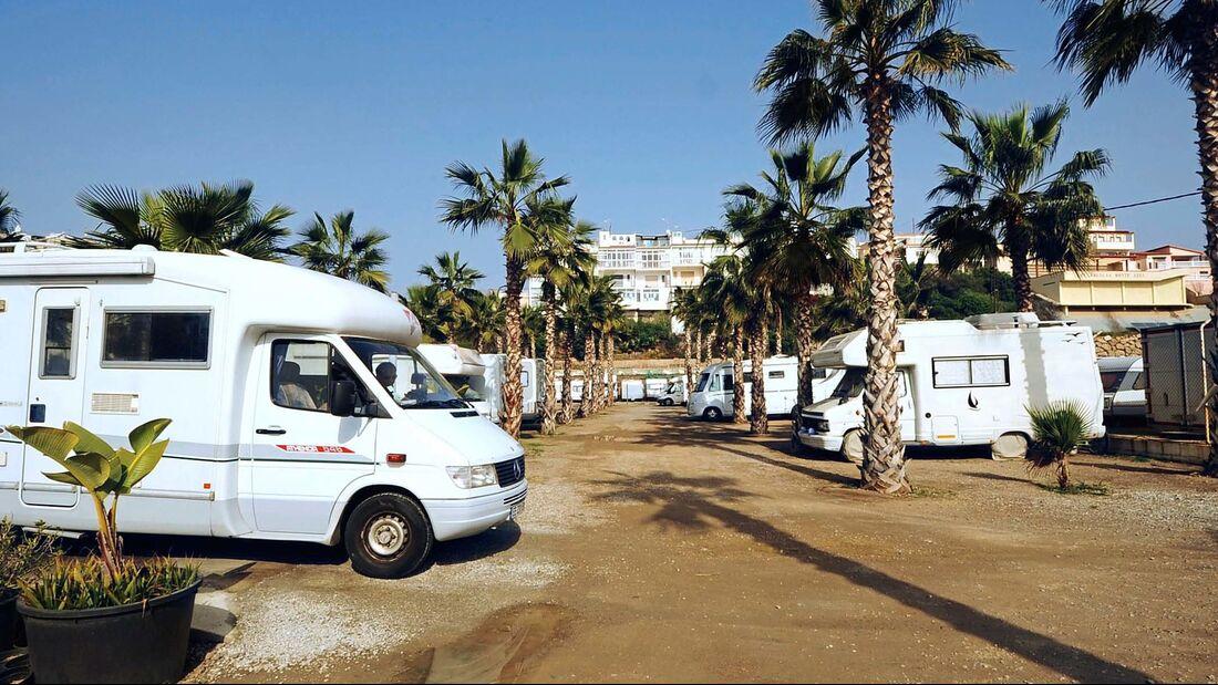 Der Platz eines Freizeithändlers ist ein guter Ausgangspunkt für Malaga- Besuche.
