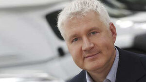 Der europaweit größte Hersteller von Reisemobilen und Caravans erweitert seine Geschäftsleitung. Roel Nizet verlässt das Unternehmen.