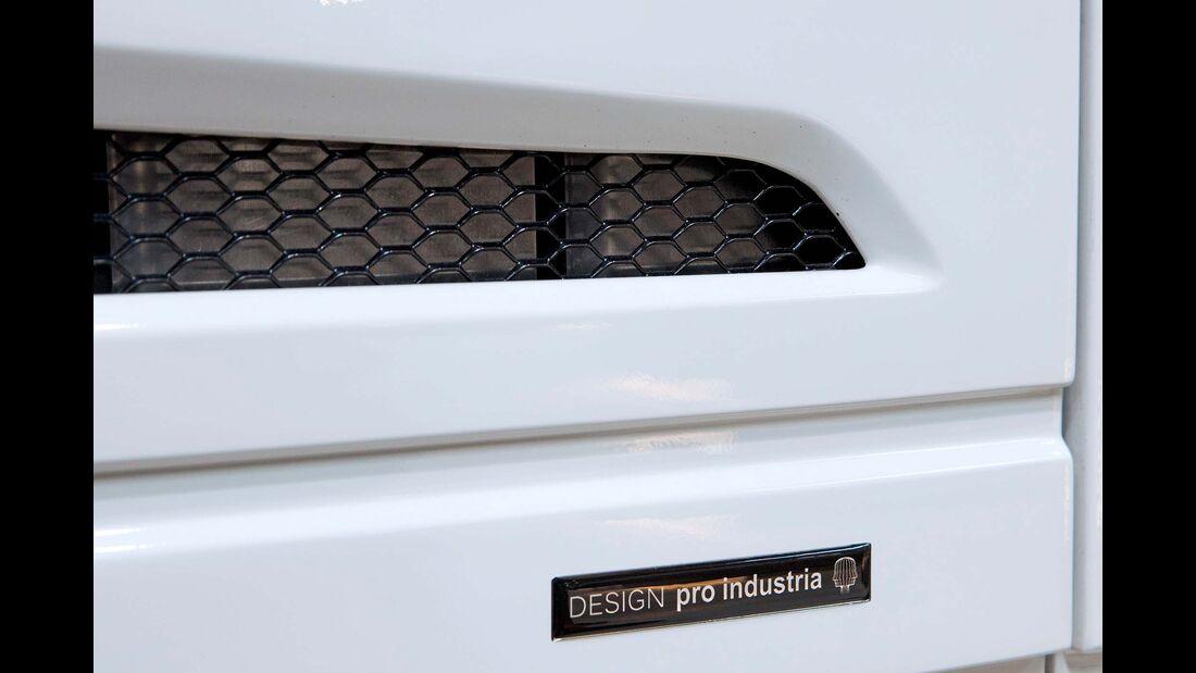 Dezenter Hinweis auf das Pro-Industria-Design.