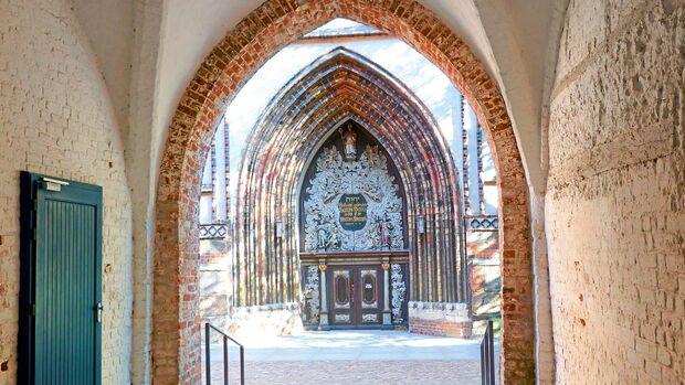 Die Altstadt der Hafenstadt Stralsund zählt zum Welterbe der Unesco.