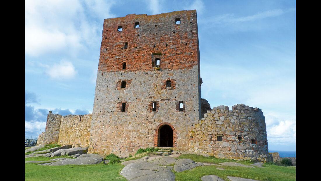 Die Burg Hammershus nahe der Nordspitze von Bornholm.