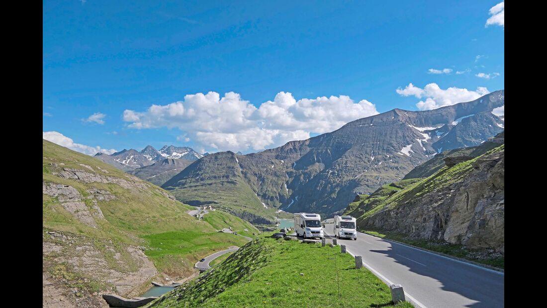 Die Fahrt zur Kaiser-Franz-Josefs-Höhe verläuft auf einem der schönsten Abschnitte der Großglockner-Hochalpenstraße.