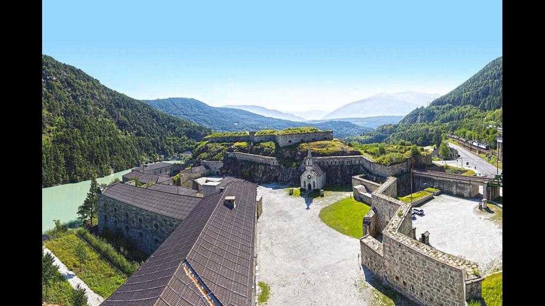 Die Festung Franzensfeste liegt nur zehn Kilometer nördlich von Brixen.