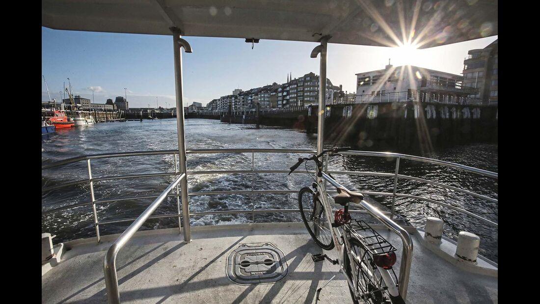 Die Hafenstadt mit rund 70 000 Einwohnern liegt etwa in der Mitte von Flanderns Küste.