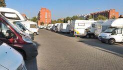 Die Hauptstadt von Spanien lockt mit vielen Sehenswürdigkeiten, die Sie von diesem Stellplatz aus entdecken können.